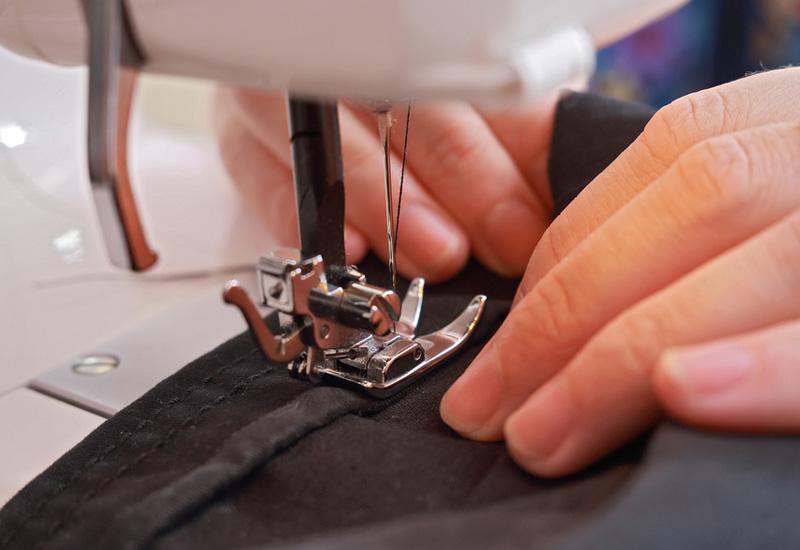 Как шить швейной машинкой зингер